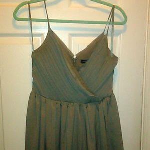 BR taupe dress sz 4